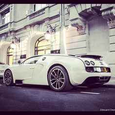 White Bugatti SS in Paris. Oh, it is sexy in white.