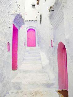 conjunto de puertas rosas