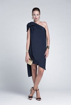 Colour Nude para las invitadas de 2014 #boda #invitadas #vestidos Casual Dress Outfits, Cool Outfits, Casual Chic, Beautiful Dresses, Dress Up, Clothes For Women, Nice Clothes, Street Style, Couture