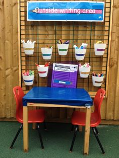 Outside writing area More play areas eyfs Outdoor Education, Outdoor Learning Spaces, Outdoor Play Areas, Eyfs Outdoor Area Ideas, Play Spaces, Outdoor Games, Eyfs Activities, Nursery Activities, Activities For Kids