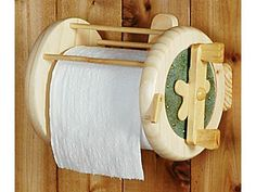 Every house must be equipped with a fishing reel toilet paper holder!