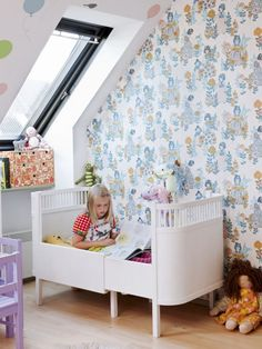 Copenhagen: Flower power Kids room | MilK - Magazine fashion child