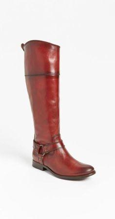 Burnt Red Frye Riding Boot.  Momma Liiiiiikkkkeeee. That boot is soooo fucking sweeeeet.