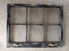 Old Window Crafts, Old Window Projects, Diy Projects, Black Window Frames, Wooden Picture Frames, Window Frame Ideas, Window Pane Decor, Window Shelves, Window Panes