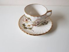 Vintage: Aynsely and Co: staffordshire england/ Missing cup/ tea cup and dish/ high tea / floral motif/ brocant/ rare Floral Motif, High Tea, Vintage Items, Tea Cups, Dishes, Tableware, Tea, Tea Time, Dinnerware