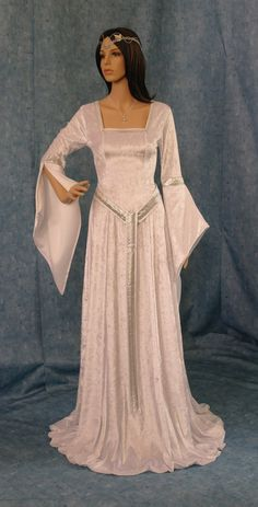 medieval dress by camelotcostumes, $189.00