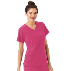 Lots of curvy stitching keeps the Classic Fit Collection by Jockey® Women's Side Panel V-Neck Solid Scrub Top from looking oversized and boxy. Instead, you get a silhouette that actually flatters your figure and convenient zippered pockets to secure valuable items.