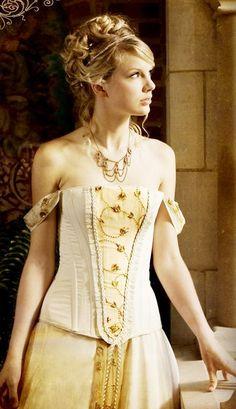 H-SAMA blog: FIGURINO LOVE STORY Taylor Swift Vestido (Dress)