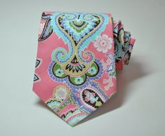 I LOVE this tie!!! I think Chase would think its too girly though :/