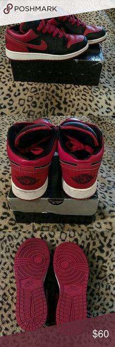 Jordan 1 Phat These are in excellent used condition always cleaned after each wear. No signs of wear, I will clean soles before shipping out. Comes with original box. 6.5Y will fit 8.5 Woman's Jordan Shoes Sneakers