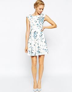 Closet Pleated Skater Dress In Butterfly Print