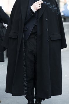 See the strongest looks and best outfits from the men on the street of PFW autumn/winter 2015 Daddy Aesthetic, Aesthetic Clothes, Dark Fashion, Mens Fashion, Fashion Outfits, Mode Sombre, Cool Outfits, Girly Outfits, Street Wear