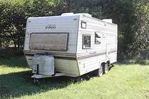 Old Travel Trailers for Free City Elite, Retro Rv, Yukon Territory, Vintage Rv, Baby Jogger, See Videos, Trailers For Sale, Rv Travel, British Columbia