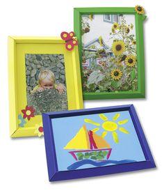Bilderrahmen in verschiedenen Einzelfarben sorgen für das ideale Ambiente von Selbstgemaltem oder von Urlaubserinnerungen. Mehr unter http://www.folia.de