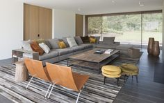 Groundpiece Sofa by Flexform   RR Projects - Project ME