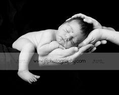 Google Image Result for http://www.j9photography.com/blog/wp-content/uploads/2009/02/newborn2.jpg