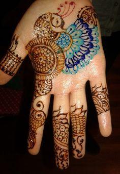 Beautiful Henna Mehndi tattoo designs for all occasions - Best Henna Mehndi designs for all occasions in Chicago, Illinois, Wisconsin, Milwaukee, Indiana