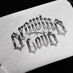 Chicano Lettering, Graffiti Lettering Fonts, Tattoo Lettering Fonts, Graffiti Art, Hand Lettering, Typography, Tattoo Word Fonts, Word Tattoos, Fancy Writing