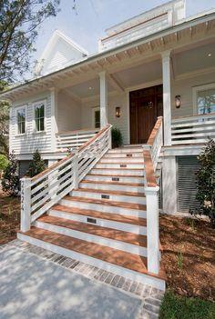 Adorable 25 Beauty Farmhouse Front Porch Ideas https://homeylife.com/25-beauty-farmhouse-front-porch-ideas/