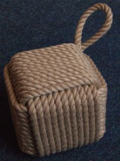 Monkey's fist rope cube