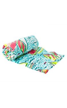 Enjoy your very own Lilly Pulitzer beach towel this season. Limited and in a favorite print, this beach towel will be essentail to your beach routine this season.