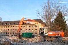 Abbruch Kaserne: 8 Gebäuden und weitere Hallen, Panzerwaschstraße, Ölabscheideranlage, Schutzmaßnahmen vor Austragung von Abbruchstoffen in der WSZ II