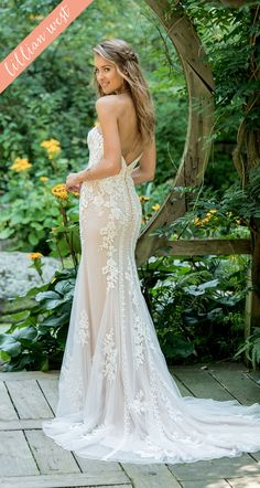 8c305901c6 Style 66009  Strapless Lace Fit and Flare with Plunging V-Neck