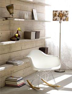DIY Closet made of scaffolding wood - Wandkast gemaakt van steigerhout. Kijk op www.101woonideeen.nl