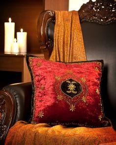 Mamta Dewan-Decorative cushions-BIW00000249