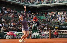 Maria Sharapova est au service. La Russe a fait parler sa puissance devant Sloane Stephens.