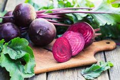 Three-day diets are rapid weight-loss fad diets that often promise you to lose 10 pounds in just 72 hours. Known by many names, including the Cleveland Clinic Diet, the American Heart Association … Three Day Diet, Beetroot Benefits, Raw Beets, Bad Food, Salad Ingredients, Foods To Eat, Fitness Nutrition, Nutrition Tracker, Healthy Living