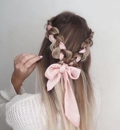 Choosing the right prom hairstyle is a major deal! We have collected 42 pretty prom hairstyles ideas for long hair that will impress anyone. Hairstyles 42 Easy And Pretty Prom Hairstyles Ideas For Long Hair In 2020 Valentine's Day Hairstyles, Easy Hairstyles For Long Hair, Pretty Hairstyles, Wedding Hairstyles, Elegant Hairstyles, Latest Hairstyles, College Hairstyles, Medieval Hairstyles, Long Hairstyles