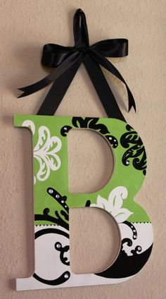 Wooden hanging wall letter with rhinestone and bow - wall decor, diy letter crafts Hanging Letters On Wall, Diy Letters, Letter A Crafts, Letter Wall, Painting Wooden Letters, Painted Letters, Decorated Letters, Wood Crafts, Diy And Crafts