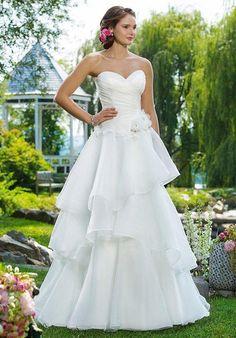 Sweetheart Gowns 6100 Wedding Dress photo