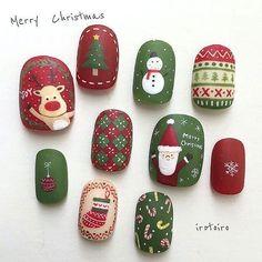 pretty french nails nagel winter and christmas nails art designs ideas 18 Nail Noel, Xmas Nail Art, Cute Christmas Nails, Christmas Nail Art Designs, Holiday Nail Art, Xmas Nails, Winter Nail Art, Halloween Nails, Winter Nails