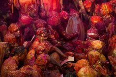 holi festival , nandgaon , india by hamni juni - Photo 146052691 - Holi Wishes In Hindi, Festival Holi, Beautiful Pictures, India, Popular, Travel Photos, Tourism, Traveling, Aesthetics