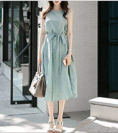ワンピース . ドレス