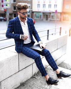 Dashing Formal Outfit Ideas for Stylish Men Click image to see more. Dashing Formal Outfit Ideas for Stylish Men Click image to see more. Formal Winter Outfits, Formal Dresses For Men, Formal Men Outfit, Men Formal, Winter Formal Men, Mens Dress Outfits, Mens Winter, Dress Formal, Casual Outfits