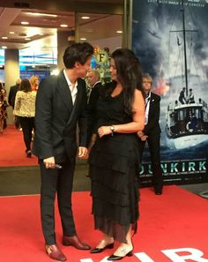 Harry Styles and Anne at the Dunkirk movie premiere Dunkirk Premiere, Harry Styles Dunkirk, Gemma Styles, Bae, Holmes Chapel, Harry Styles Photos, Harry Styles Wallpaper, Don Juan, Family Show