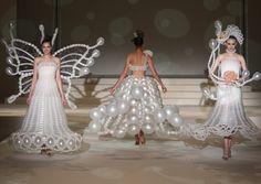 Rie Hosokai ..... Insanely talented Japanese designer creates wedding dresses out of balloons.