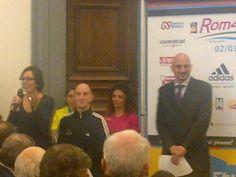 Parola a Special Olympics, amici speciali della #RomaOstia che consegnano anche una targa a Luciano Duchi.
