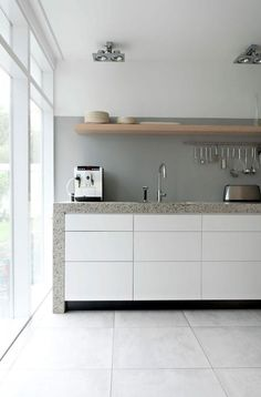 Exterior and Interior House in Beautiful Atmosphere: Minimalist Kitchen Space In Rietveld Bungalow With White Drawers White Cabinets Grey Co. Minimalist Kitchen Design, Kitchen Inspirations, Kitchen Style, Kitchen Flooring, White Kitchen Cabinets, Interior, Kitchen Design, Kitchen Renovation, Contemporary Kitchen