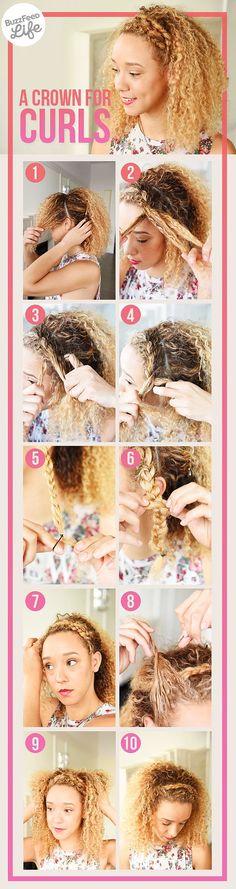 """Saçınızın önünden ayıracağınız bir tutamı, şekildeki gibi bir tarafa doğru örün. Kendi saçınızdan yaptığınız """"örgü tacın"""" keyfini sürün :)"""