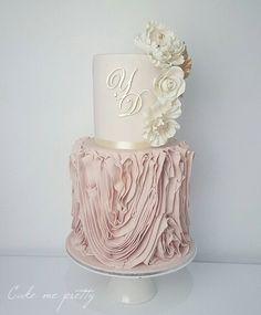 Wedding cake: tips and beautiful inspirations to help you choose - Fashion Pretty Cakes, Beautiful Cakes, Amazing Cakes, Wedding Cake Designs, Wedding Cakes, Luxe Wedding, Wedding Gowns, Wedding Cake Inspiration, Wedding Ideas