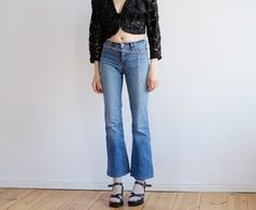 original MOSCHINO stretch flare jeans mid blue size model wears a small / excellent condition! Vintage from Berlin. Flare Jeans, Moschino, Mom Jeans, Berlin, The Originals, Model, Pants, How To Wear, Blue