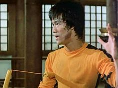 Bruce Lee Training, Bruce Lee Games, Game Of Death, Ultimate Dragon, Bruce Lee Photos, Martial Artist, Film Director, American Actors, Dragons