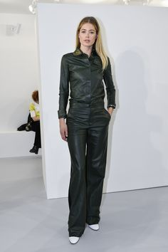 Everyone from Jerry Seinfeld to a blonde Salma Hayek took in shows like Chanel, Louis Vuitton, and Dior at Paris Fashion Week spring See all the celebrities in the front row, here. Fashion Week, Paris Fashion, Dior, Givenchy, Dutch Women, Apocalyptic Fashion, Leather Fashion, Leather Outfits, Famous Faces
