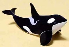 Free Printable 3D Paper Crafts | Looking for a simple paper craft? Try this killer whale paper model.