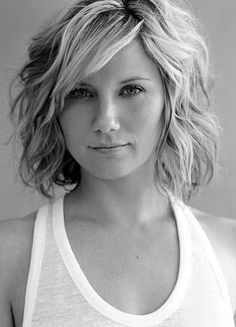 Stunning Wavy Bob Hairstyles Short wavy bob hairstyle with side swept bangs - 21 best short wavy bobsShort wavy bob hairstyle with side swept bangs - 21 best short wavy bobs Short Hair With Bangs, Short Hair Cuts, Curly Short, Hair Bangs, Curly Bangs, Short Medium Hair Styles, Short Hairstyles With Bangs, Mid Length Hair With Bangs, Thick Hair