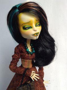 "OOAK Monster High Artist Repaint Custom Skelita Calaveras ""Lizbeth"" by Lisa | eBay"